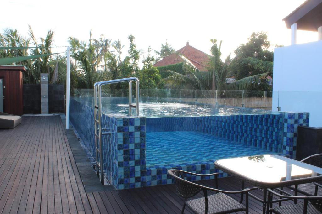 Kuta ardenia residence indonesia for Terrace 8 residence kuta