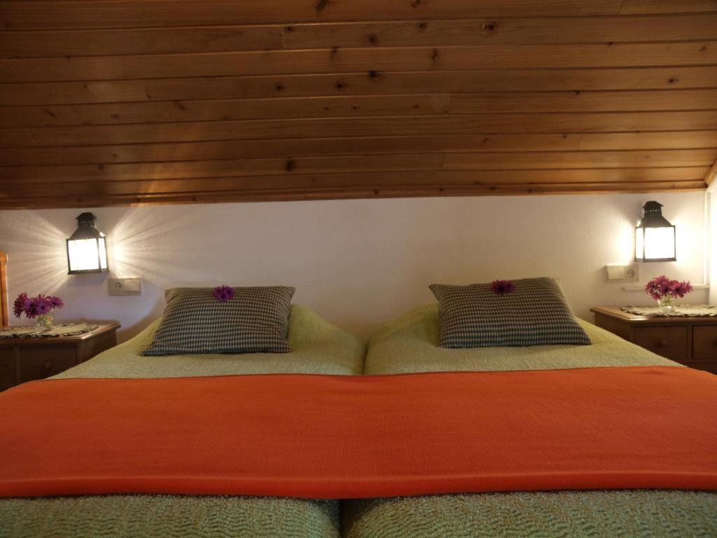 Casas valleparaizo funchal online booking viamichelin for Booking casas