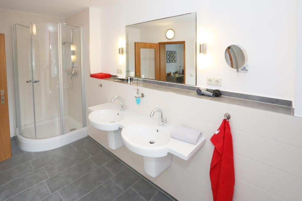 hotel 7 s ulen dessau prenotazione on line viamichelin. Black Bedroom Furniture Sets. Home Design Ideas
