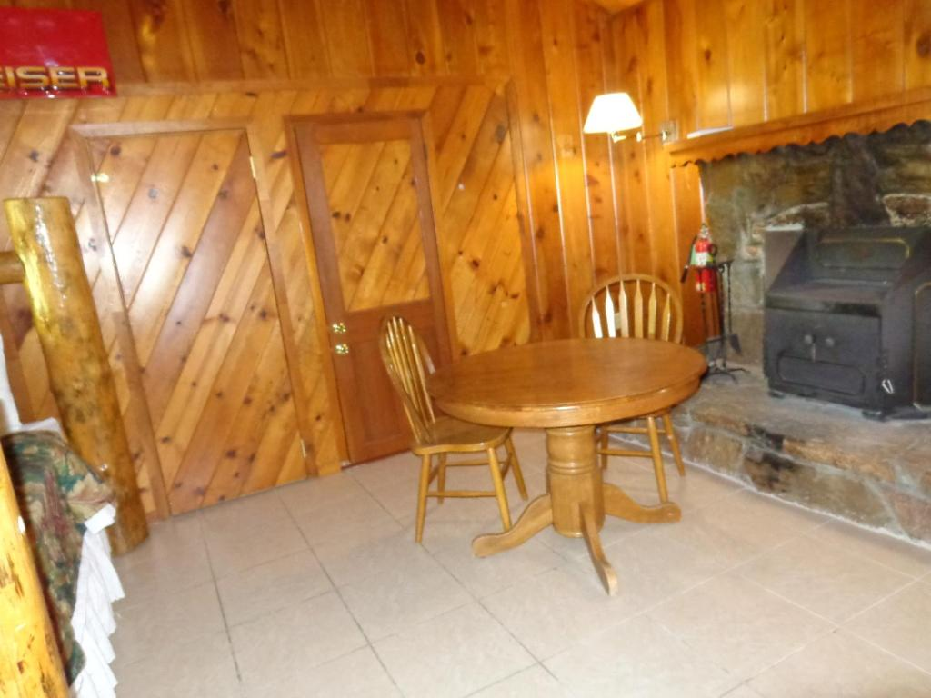 Mountain Trail Lodge And Vacation Rentals Yosemite Forks