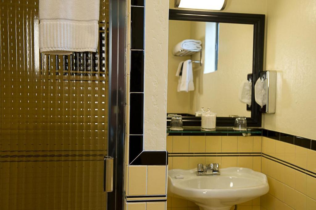 Hotel Boheme San Francisco Informationen Und Buchungen