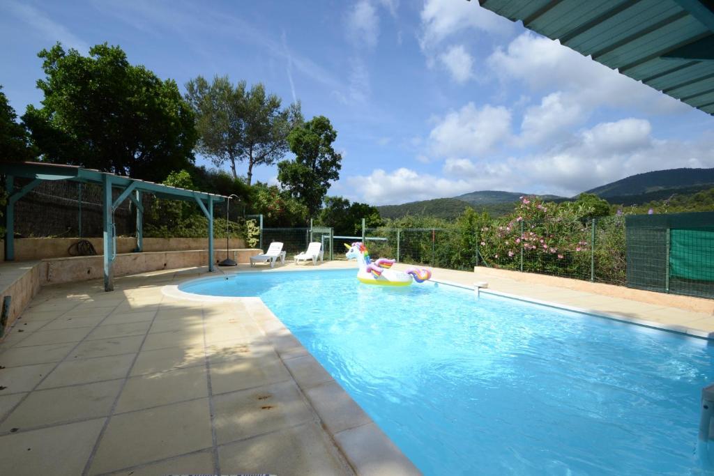 Villa Les Arches (França La Croix-Valmer) - Booking.com