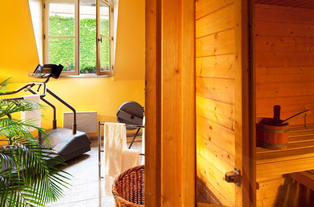 Foyer Art Et Vie Claye Souilly : Le manoir de gressy claye souilly reserva tu hotel con