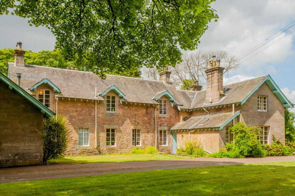 Departamento Wing of Farmhouse (Reino Unido West Calder ...