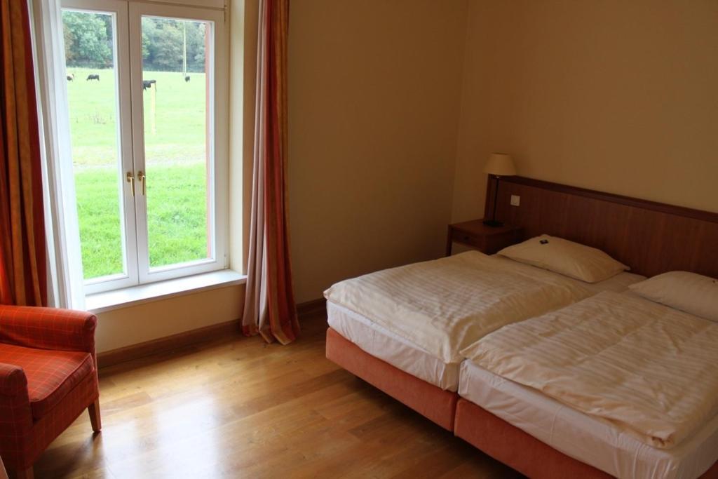 malteser kommende bergisch gladbach informationen und buchungen online viamichelin. Black Bedroom Furniture Sets. Home Design Ideas