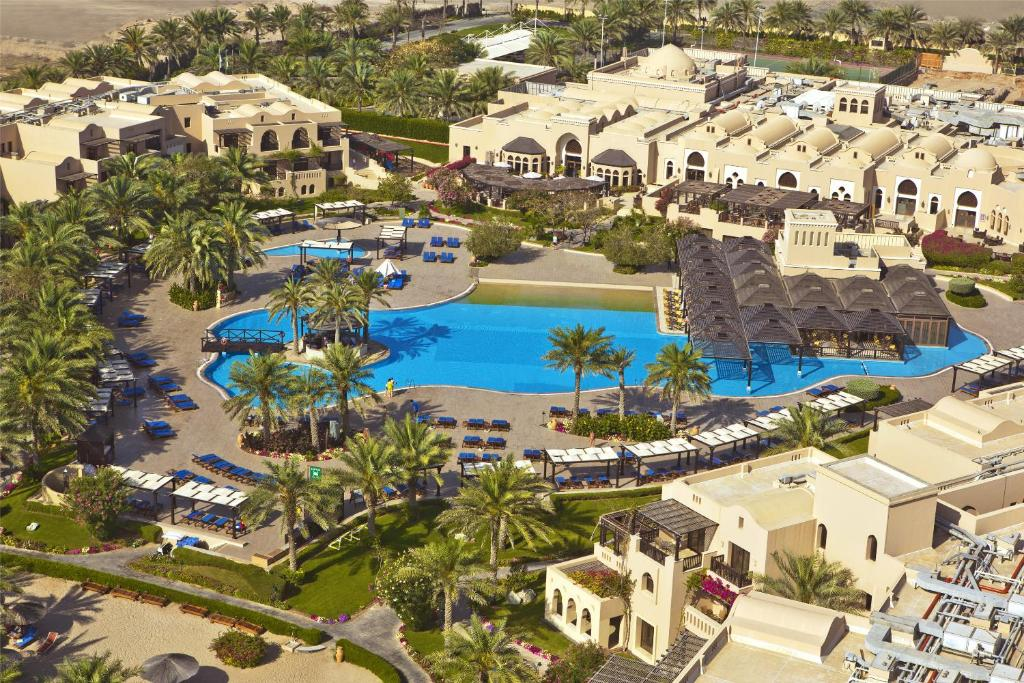 Miramar Al Aqah Beach Resort Khor Fakkan Informationen