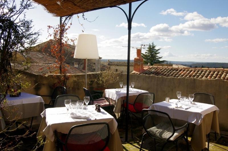 Uzes Restaurant Rue De La Grande Bourgade
