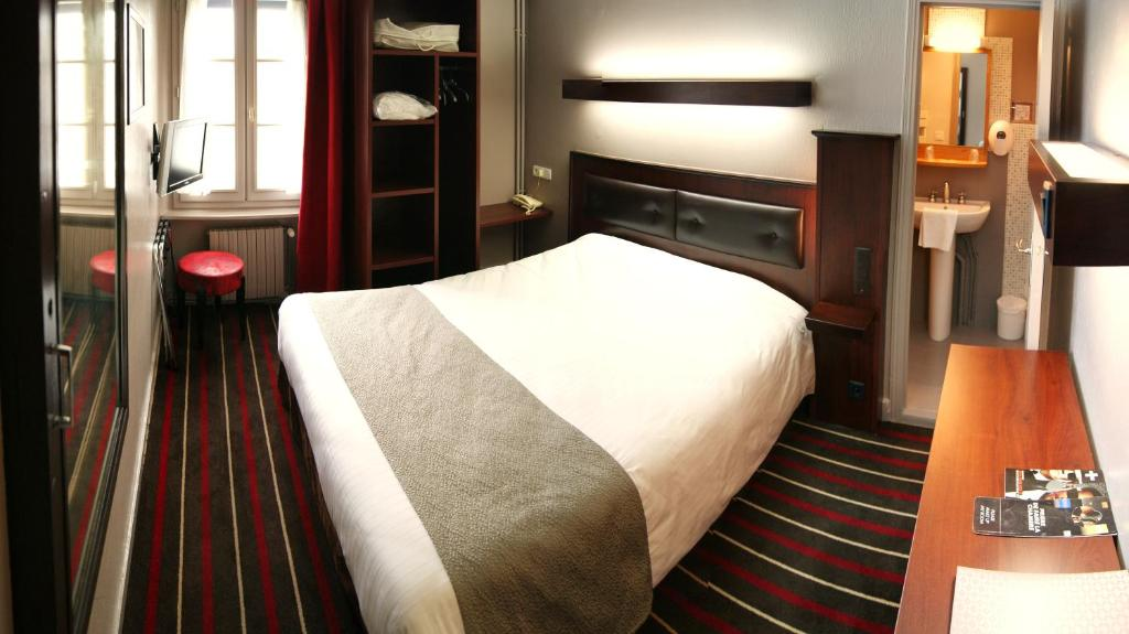Hotel Chateaubriand Saint Malo Parking