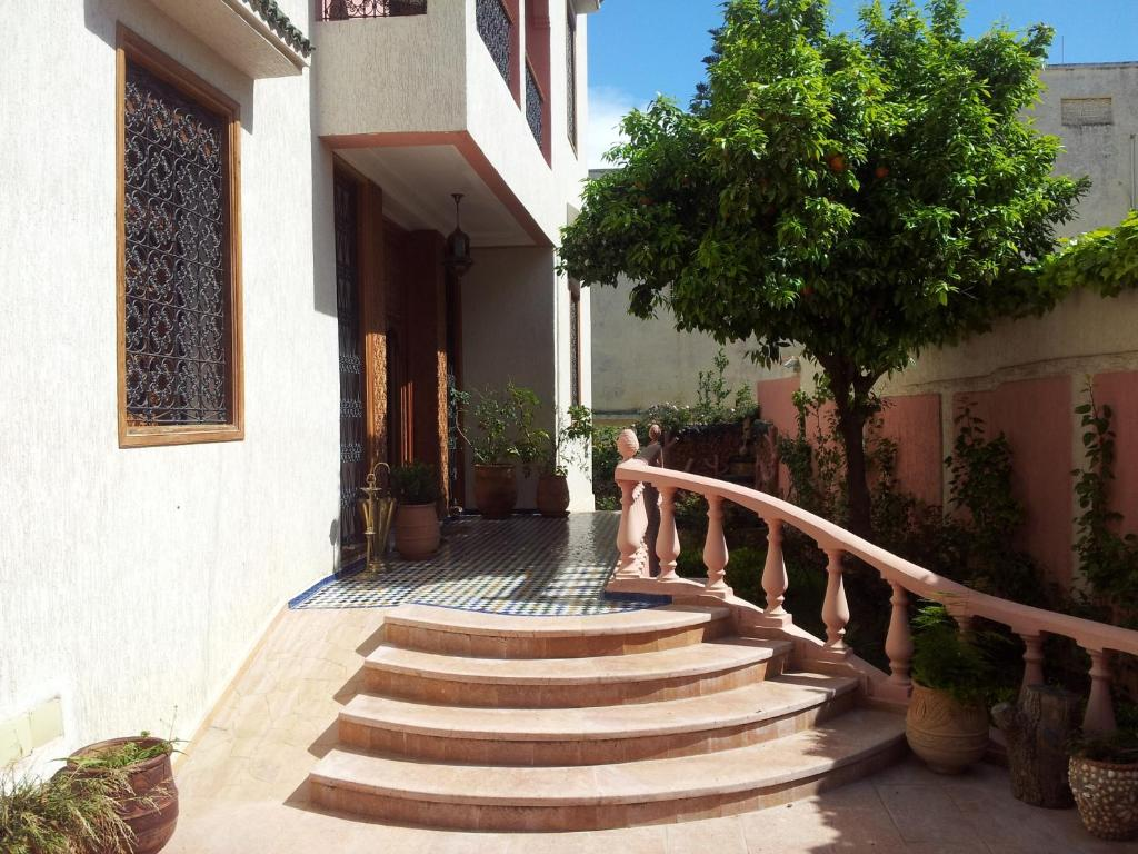 Riad raouia f s viamichelin informatie en online reserveren - Tuin marokkaans terras ...