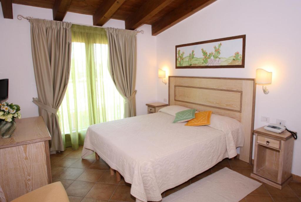 Hotel La Borgata (Itália San Pantaleo) - Booking.com