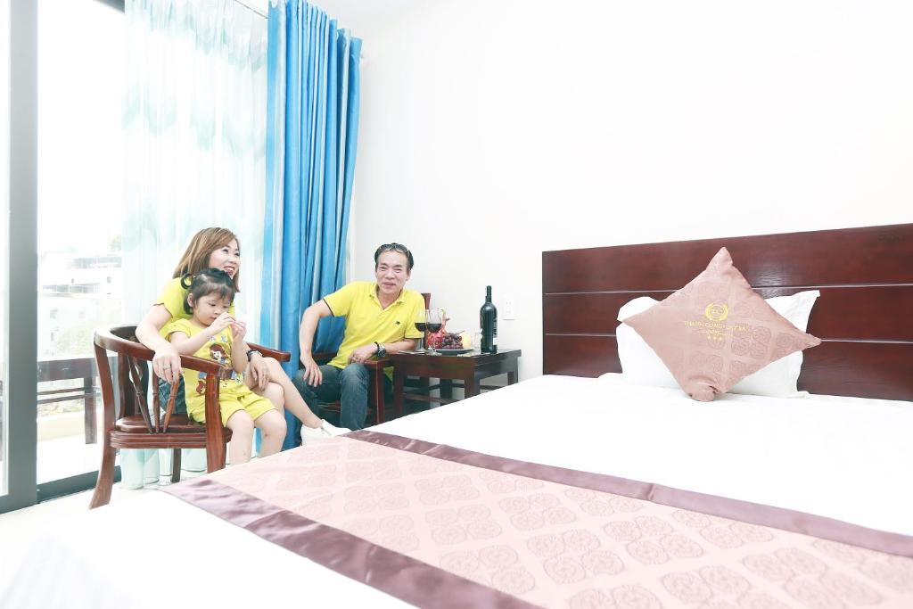 Suite Deluxe 2 Giường Đơn Có Ban Công