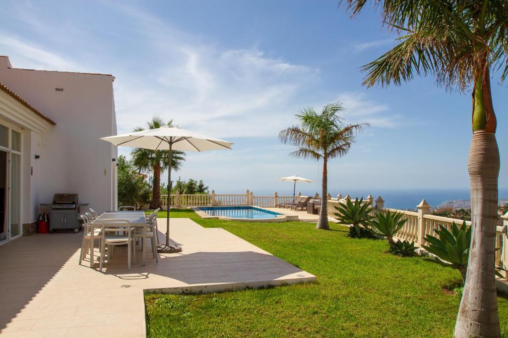 Villa Casa Bonita (España Algarrobo) - Booking.com
