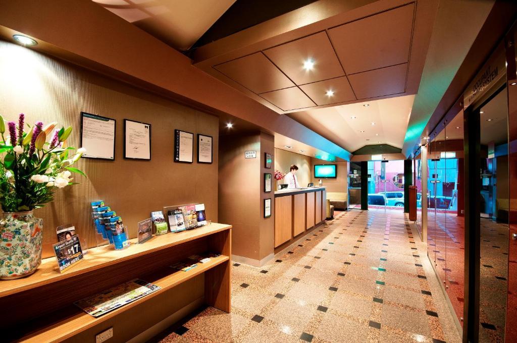 Crossley Hotel Mercure, Melbourne, Including Photos. Light Inn. Kantary House Ramkamhaeng Hotel. The Galaxie Hotel. Sands Resort & Spa Mauritius. Arcotel Rubin Hotel. Jardin Tropical Hotel. Hua Bin International Hotel. The Presidential Hotel Beijing