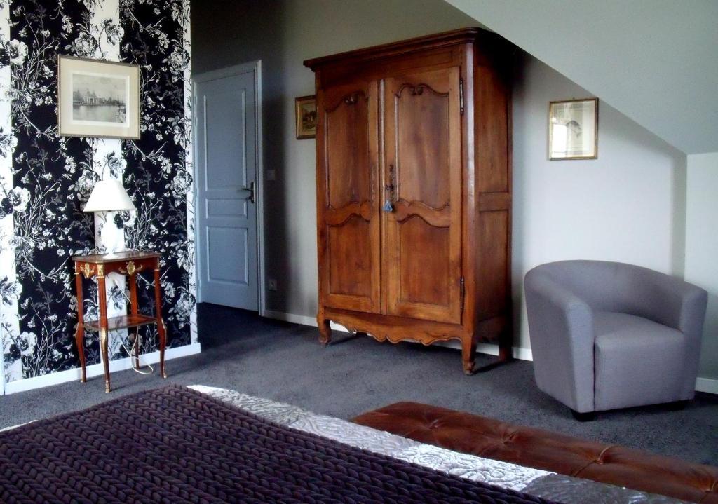 chambres d 39 h tes ch teau des forges chambres d 39 h tes angers dans le maine et loire 49. Black Bedroom Furniture Sets. Home Design Ideas