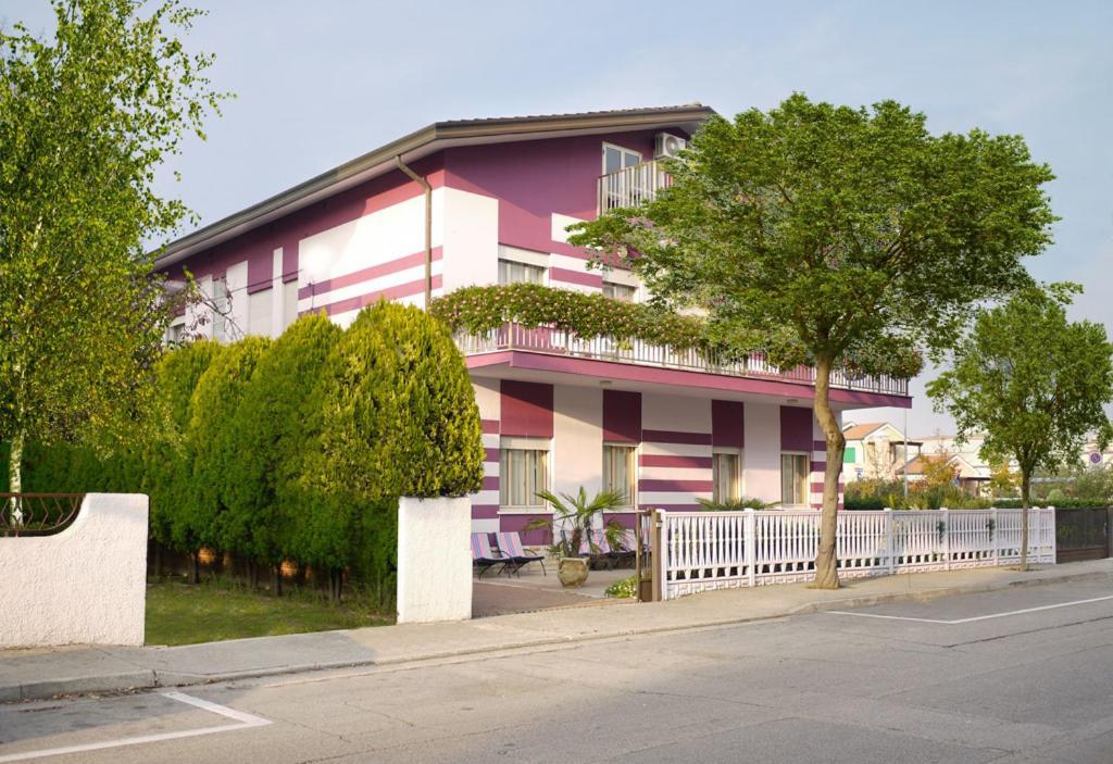 Hotel Villa Elena Via Olanda Lido Di Jesolo
