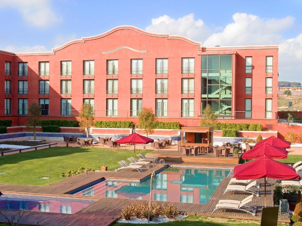 Hotel barcelona golf resort spa sant esteve sesrovires for Prenotare hotel barcellona