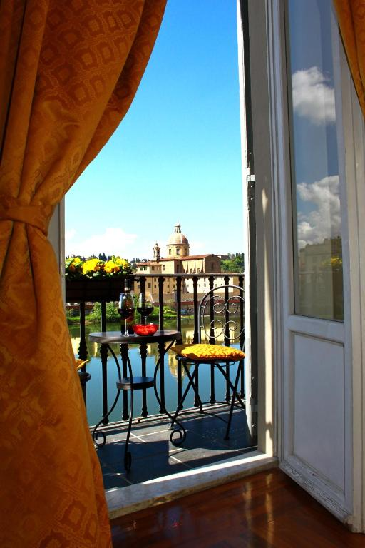 Bed & breakfast residenza vespucci - bed & breakfast in flor.