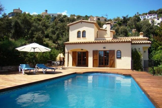 Les Cabanyes Villa Sleeps 6 Pool (Espanha Calonge) - Booking.com