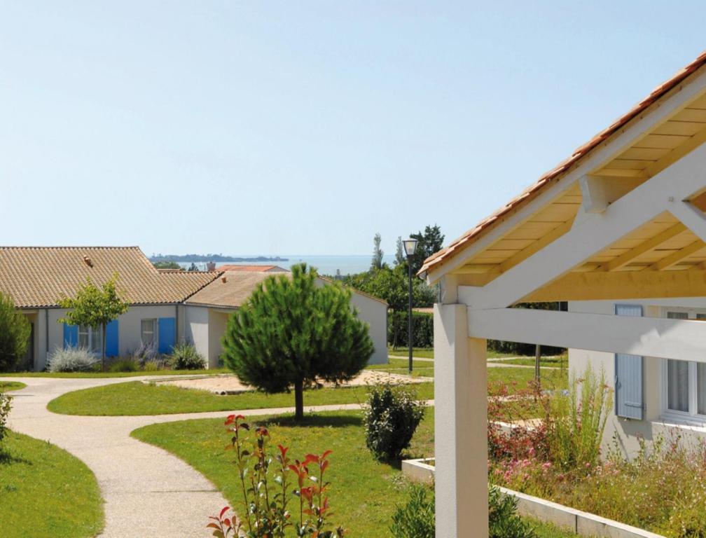 Azureva fouras locations de vacances fouras for Fouras hotel des bains