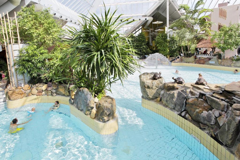 Sunparks Kempense Meren Hotel  u0026 Holiday Homes   [object Object]   ViaMichelin  informatie en