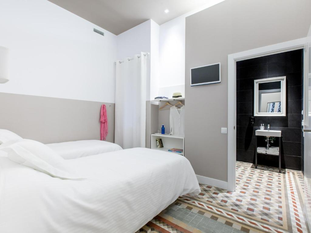 Chambres d 39 h tes ecozentric chambres d 39 h tes barcelone - Chambre d hote barcelone centre ...