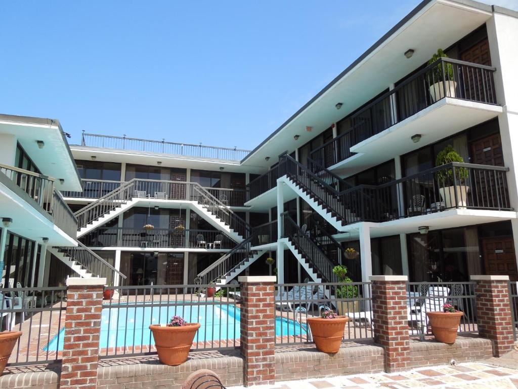 Alamar Resort Inn Va Beach