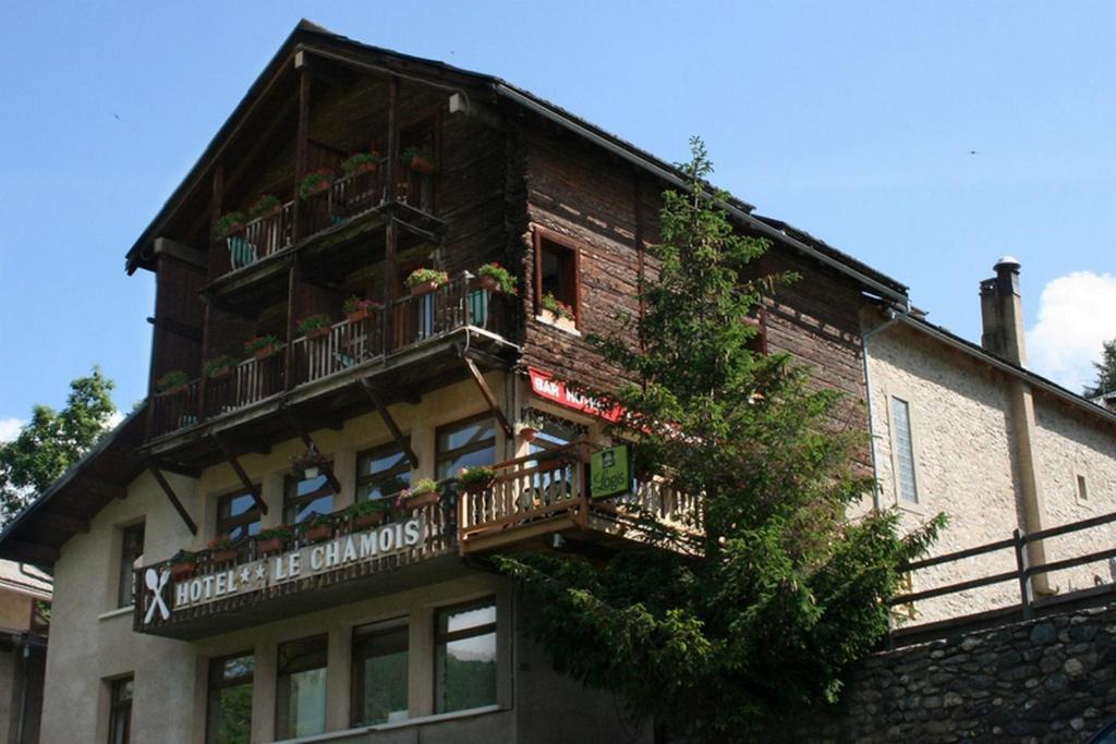 Hotel le chamois molines en queyras - Office du tourisme molines en queyras ...