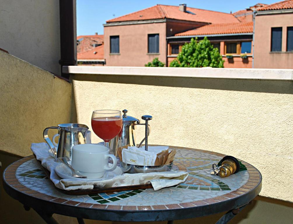Hotel Carlton Capri Booking