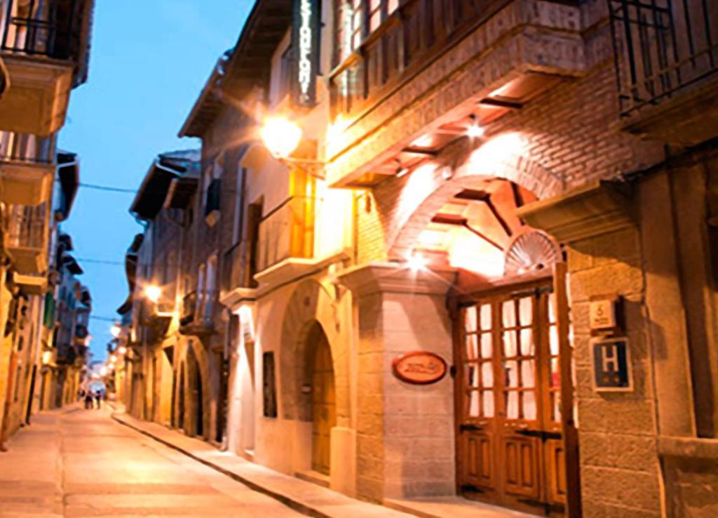 Hotel restaurante casa zanito olite book your hotel with viamichelin - Casa zanito olite ...