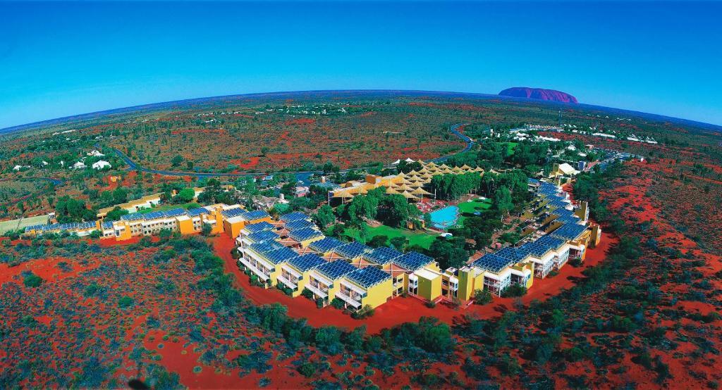 Uma vista aérea de Desert Gardens Hotel