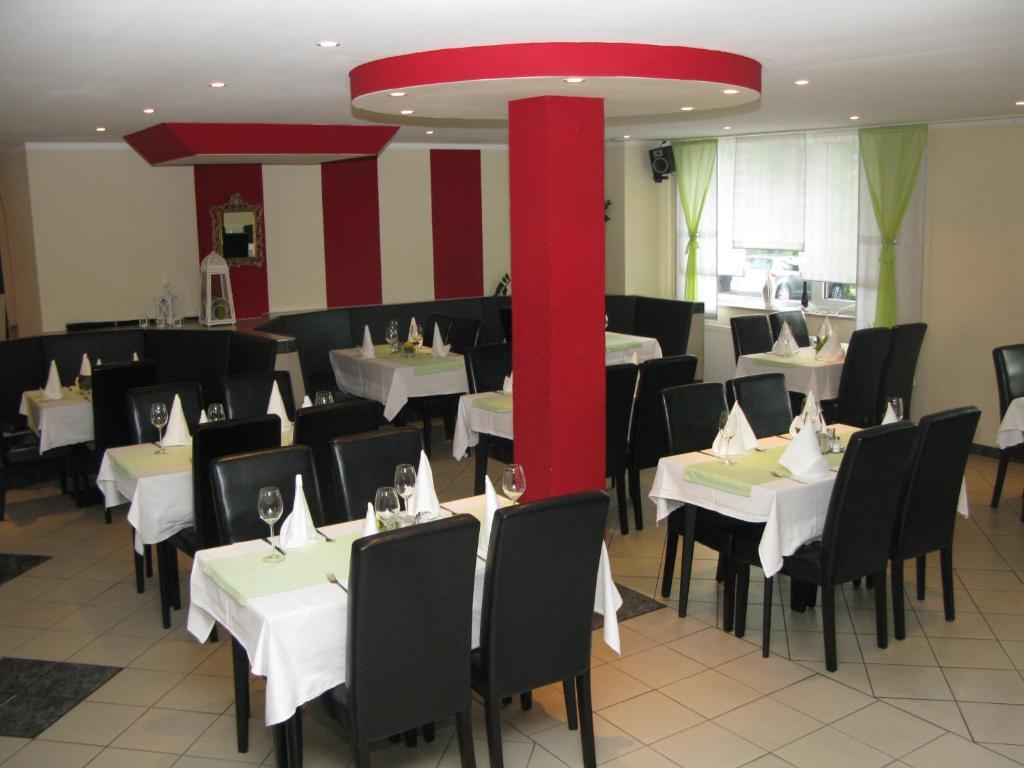 Hotel Adler Augsburg Booking