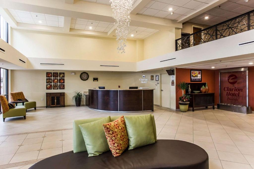 Clarion Hotel Charlotte Airport & Conference Center