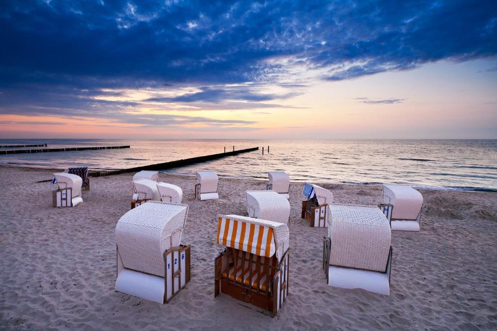 Inselhotel poel neubukow book your hotel with viamichelin for Warnemunde strand hotel