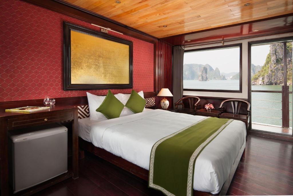 Phòng Deluxe Giường đôi/2 Giường đơn với ban công riêng - 3 Ngày 2 Đêm