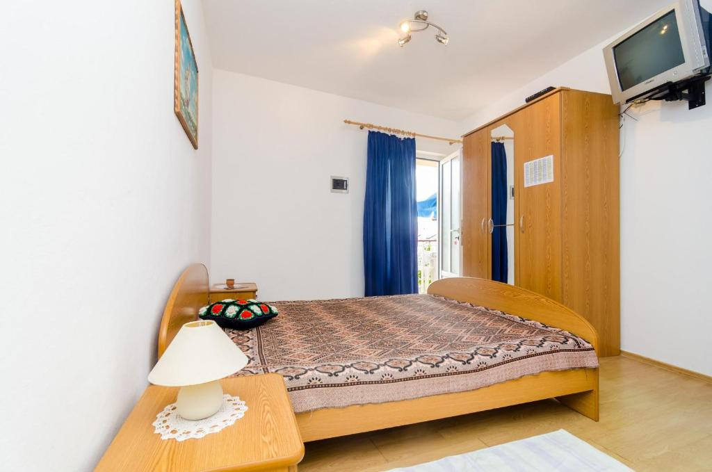 ???? ??? ???? ??????? ??? & apartments u0026 room bluemoon - basic studio apartment with patio and ...