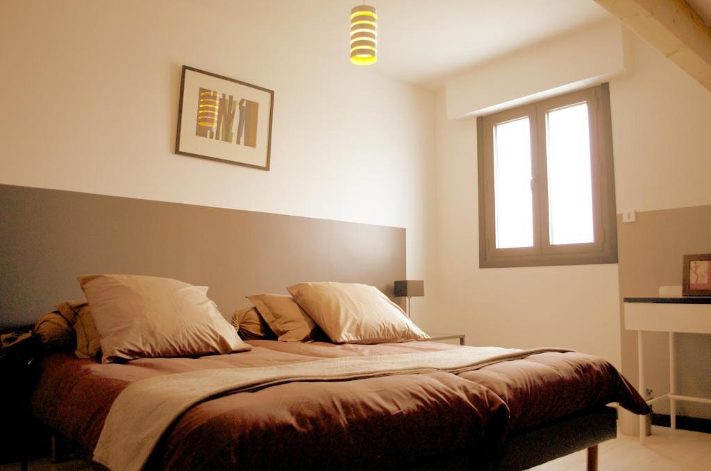 perle bleue lille roubaix informationen und buchungen online viamichelin. Black Bedroom Furniture Sets. Home Design Ideas