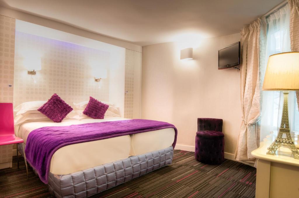 Hotel ile de france op ra paris book your hotel with for Seven hotel paris booking
