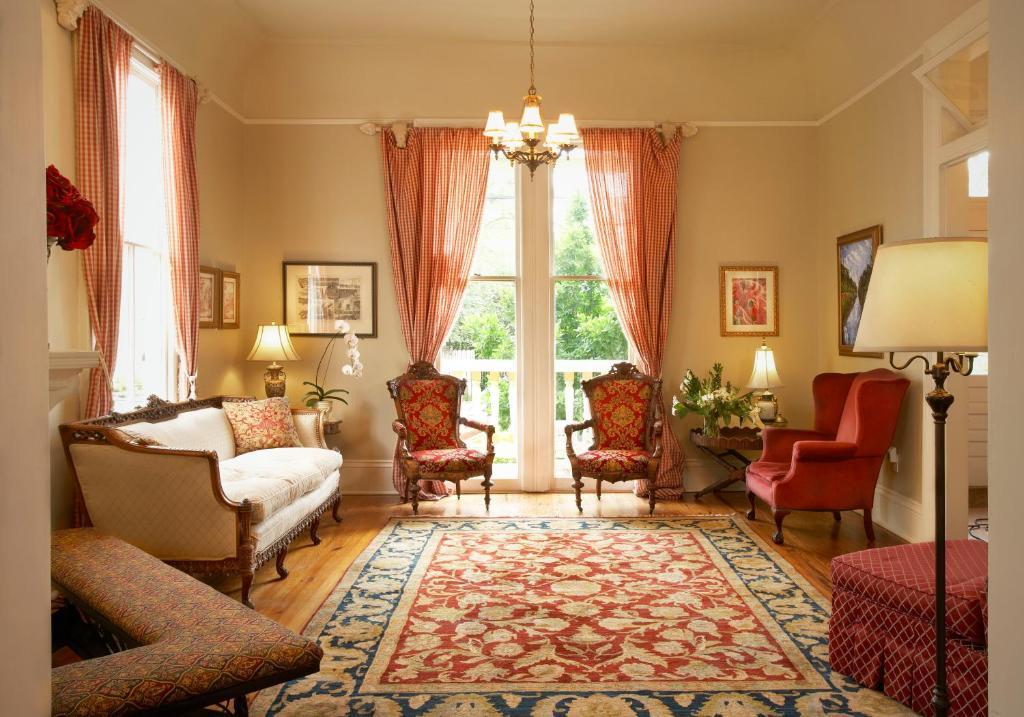 Chambres d 39 h tes maison perrier bed breakfast chambres for Linge de maison orleans