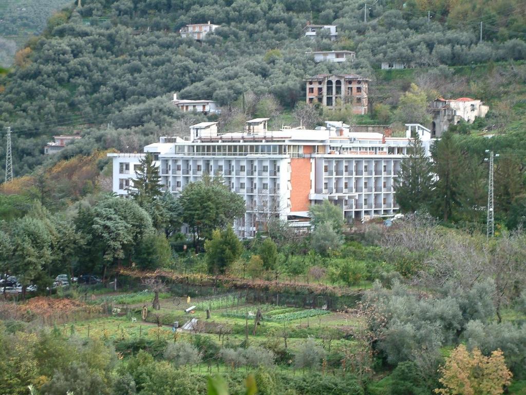 Hotel soggiorno salesiano vico equense book your hotel for Hotel soggiorno salesiano