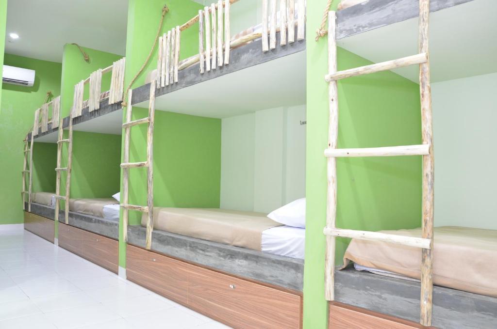 Hostel World, The Eco Living