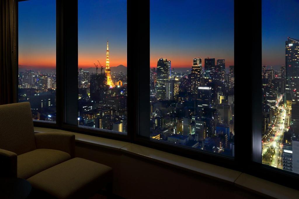 красивый вид из окна картинки ночью без