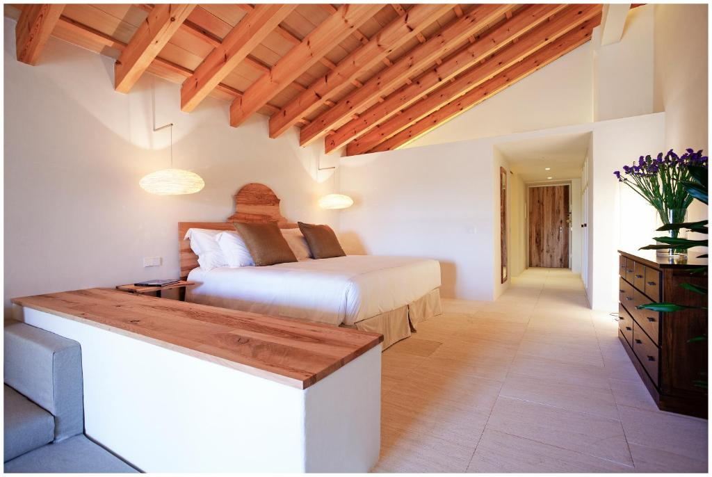 Torralbenc small luxury hotels of the world mah n for Small leading hotels of the world
