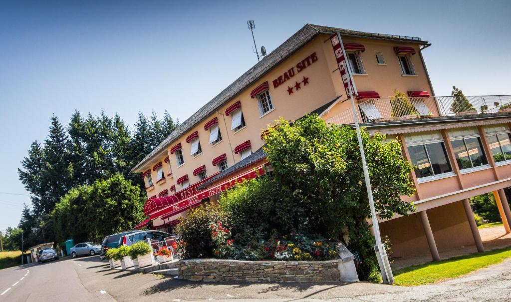 Hotel Anglards De Saint Flour