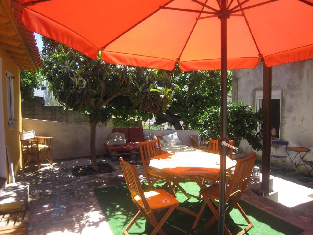 La Quinta To Manuel S Vintage Room