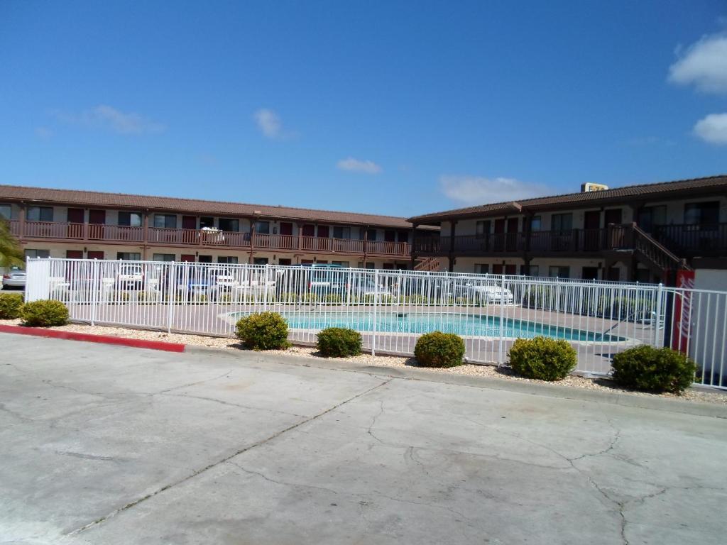 Ez Motel Newark Ca