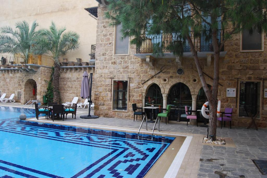 Assaha Hotel Beirut Book Your Hotel With Viamichelin