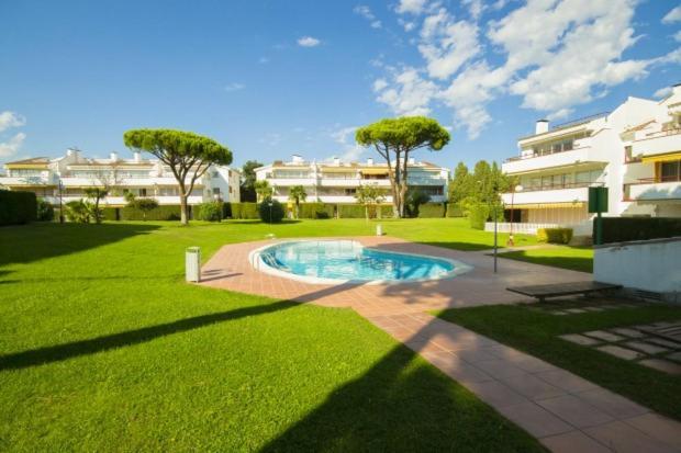 Calella de Palafrugell Apartment Sleeps 4 Pool WiFi (Espanha ...