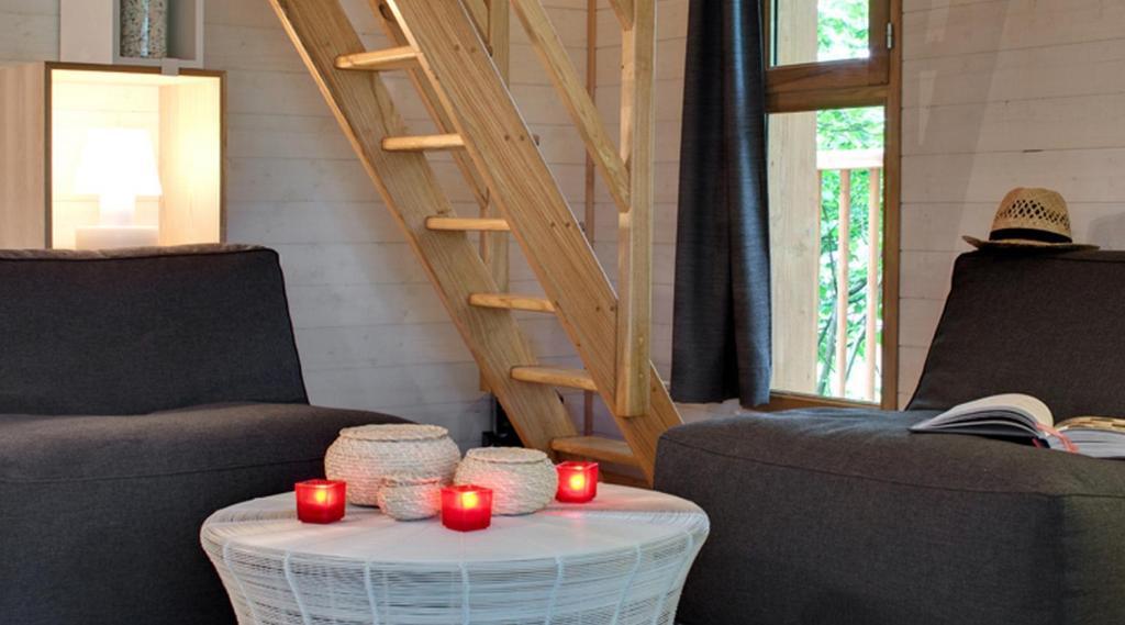 lodge cypr s si haut saint m xant france. Black Bedroom Furniture Sets. Home Design Ideas