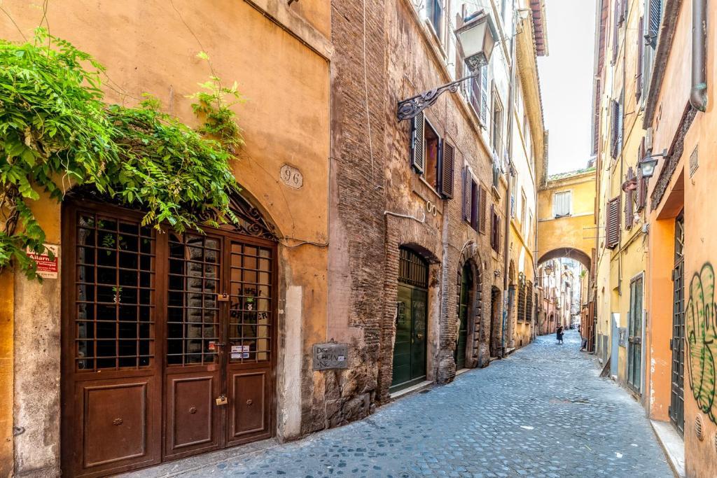 Hotel Dei Fiori Roma.New Luxury Sweet Home Cappellari Campo Dei Fiori Rome View