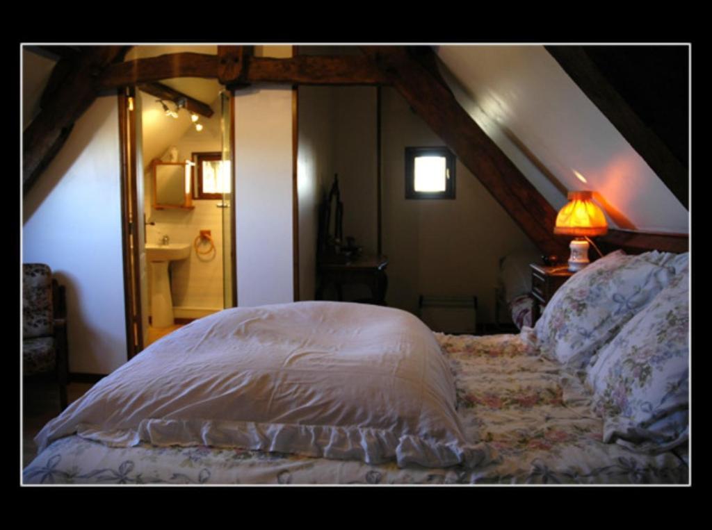 chambres d 39 h tes maryse et jean pierre chambres d 39 h tes longues sur mer dans le calvados 14. Black Bedroom Furniture Sets. Home Design Ideas